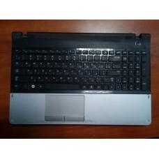 Корпус для ноутбука Samsung NP300E5Z (нижняя часть с тачпадом от корпуса для ноутбука Samsung NP300E5Z ) .